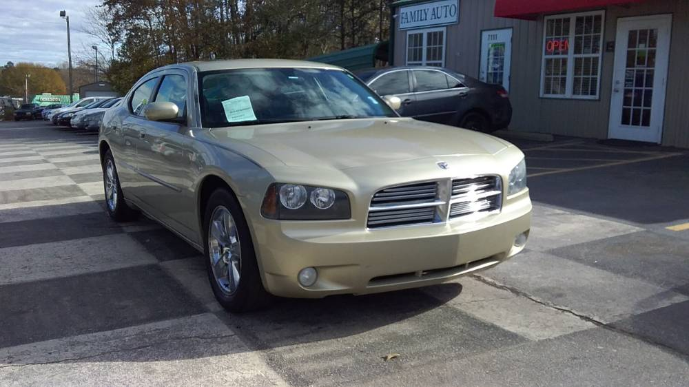 Dodge Charger 2010 Gold