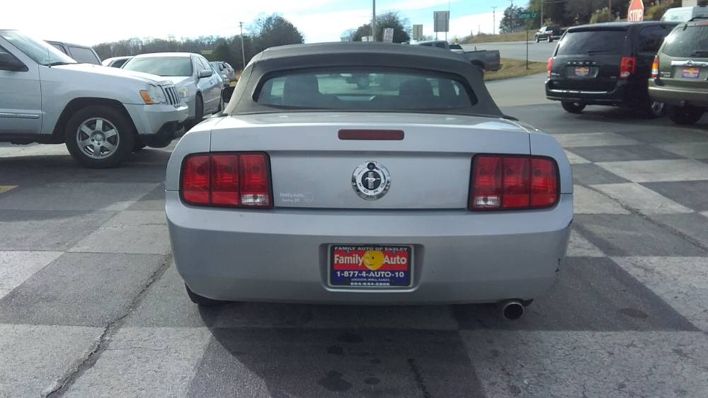 Ford Mustang 2007 Silver