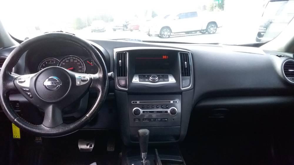 Nissan Maxima 2012 Brown