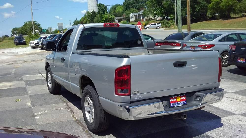 Dodge Ram 1500 2005 Silver